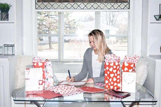 Spending my Sunday making Galentine's day gifts for my girls with @amgreetings cards at @walmart! Valentine's day doesn't have to only be about romantic love - don't forget about all the amazing friendships in your life. #SendingMyLove #ad